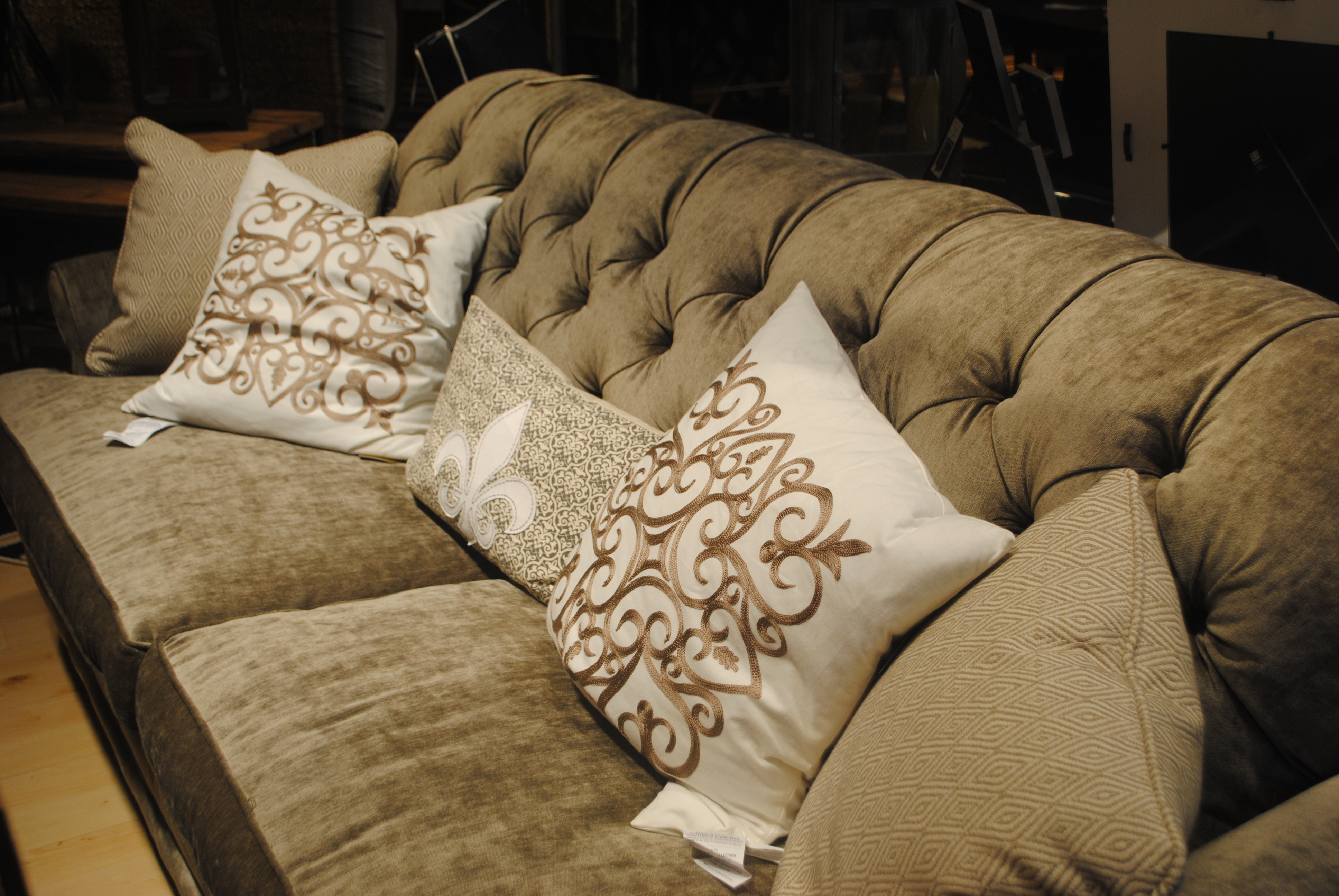 Sofa Su Casa Furniture Lovefeast Table